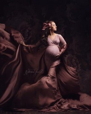 Flamboyant Maternity Gown Old Pink